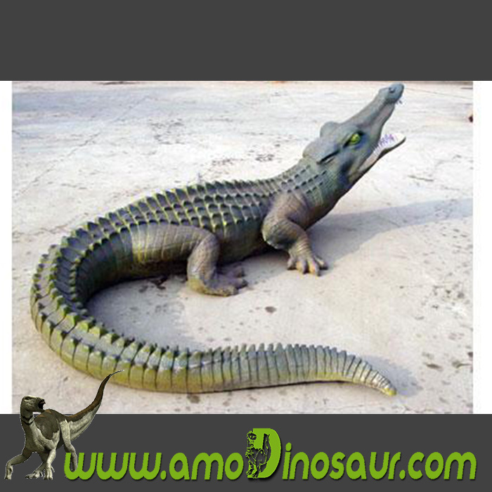 Life-size animatronic crocodile model for sale