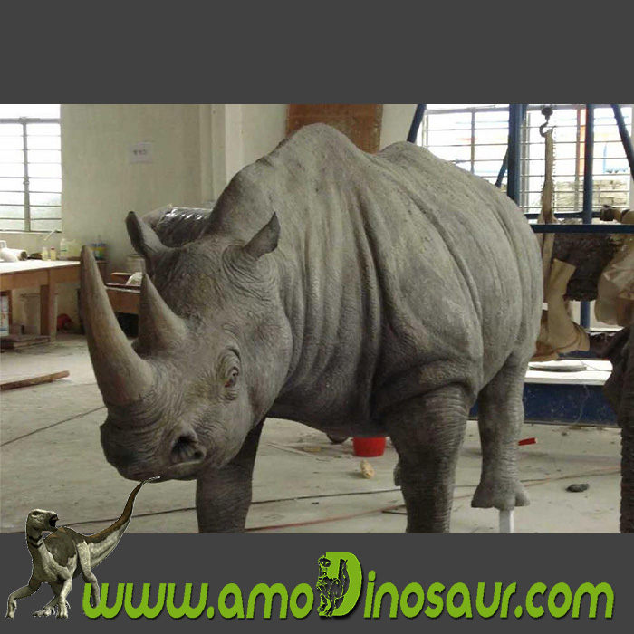Fiberglass animal Rhino statuary designer from China